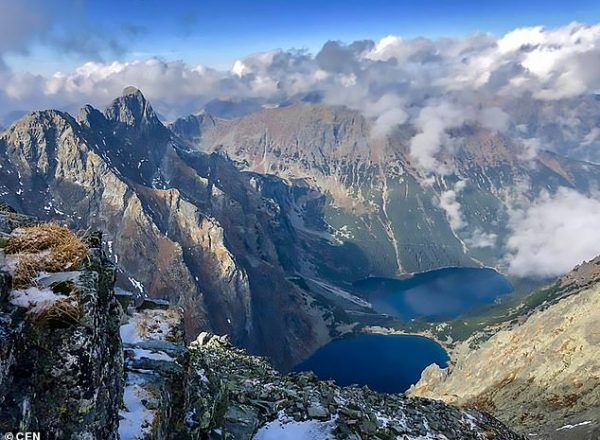 5403516-6316363-Rysy_is_a_mountain_with_three_summits_in_the_High_Tatra_Mountain-a-6_1540489634956